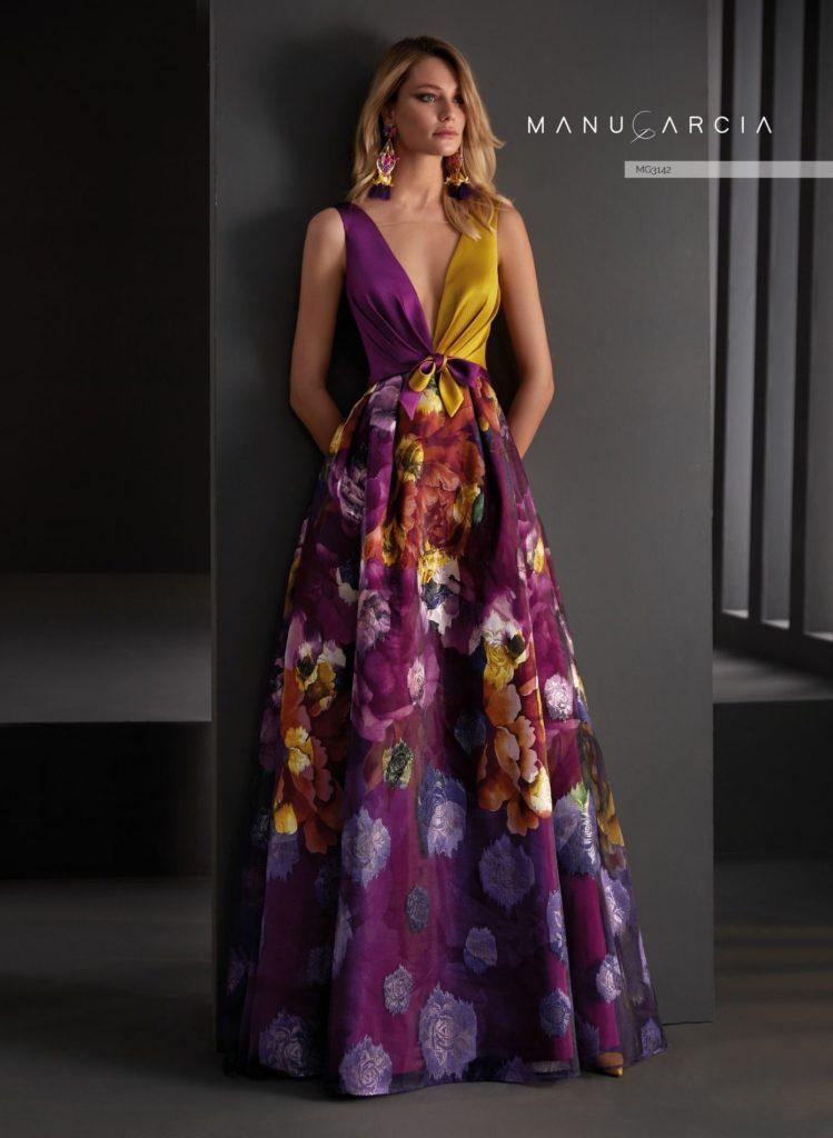 abito con fiori viola e giallo