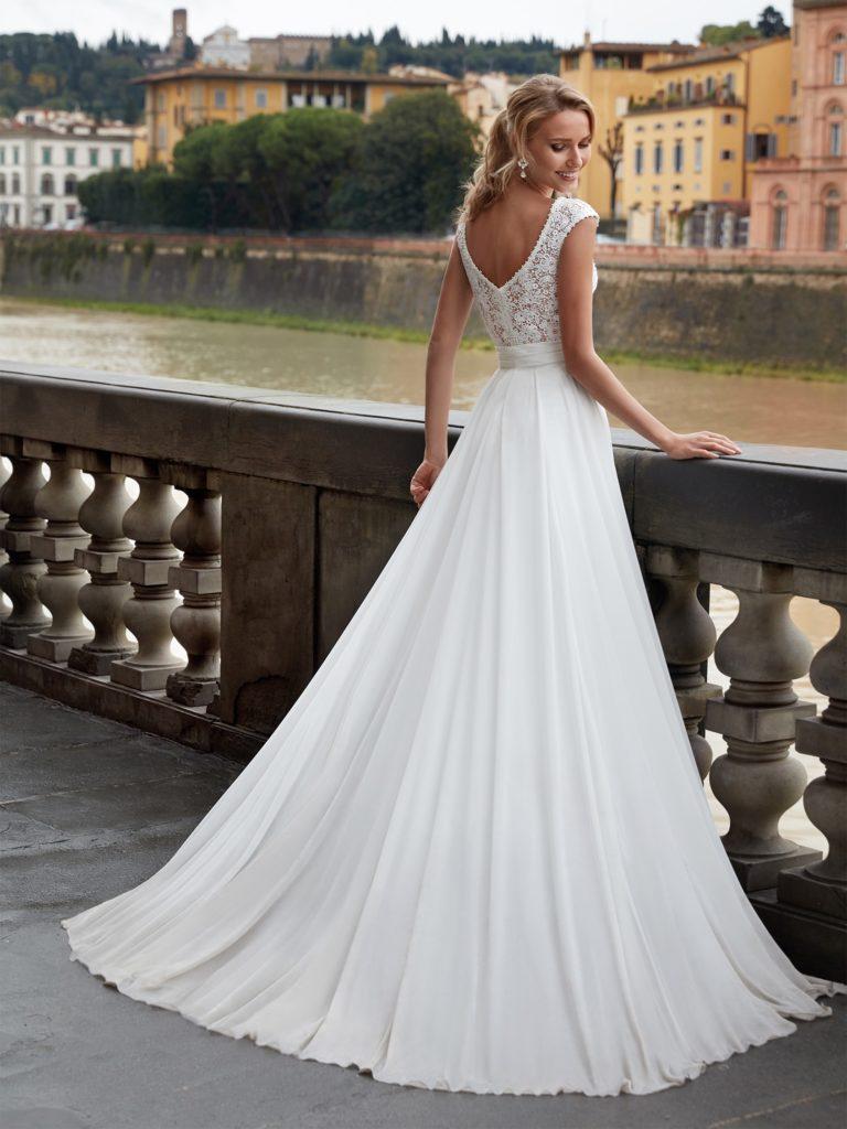 nicole-spose-NI12115-Nicole-moda-sposa-2021-257